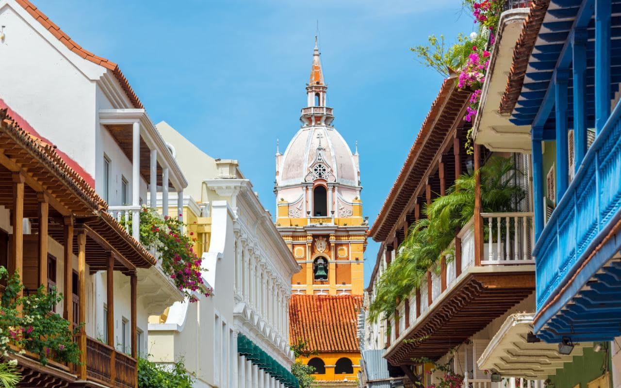 AP59243209 Colombia Travel Xlarge